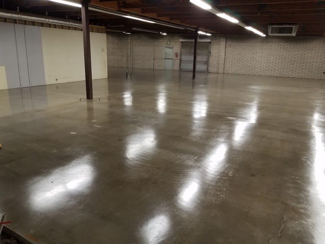 commercial_warehouse_floor_sealing